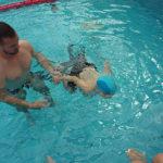 uszás a Nyúlcipős táborokban